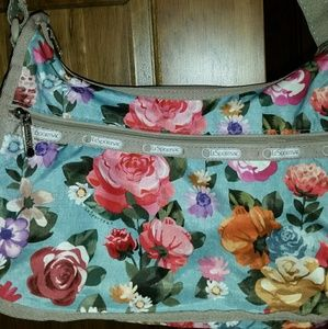 LeSportsac like new condition